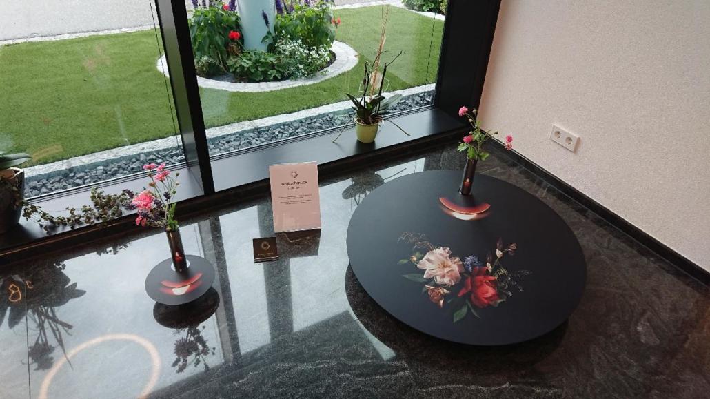 Oberwolfach: Ausstellung im Bestattungshaus Heizmann